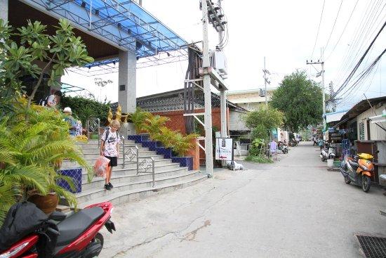 Huahin Loft Hotel: Bye bye
