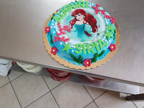 La tua torta... La crei tu.. Noi la realizziamo e la portiamo da te !