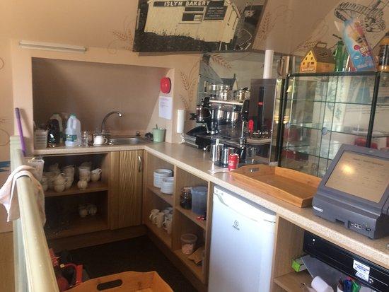 Aberdaron, UK: Becws Islyn Bakery