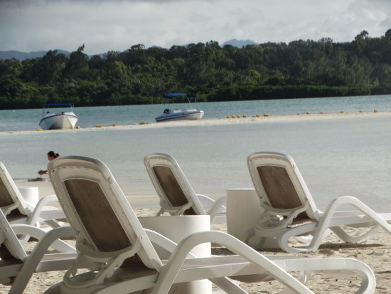 Ile Aux Cerfs: WONDERFUL SCENIC BEAUTY AT THIS BEACH