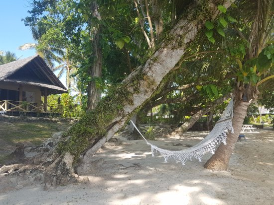 Aore Island Resort: Relaxing Beachfront bungalows