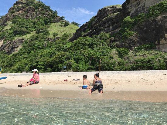Pundaquit, Philippinen: Capones Island