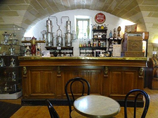 Arpaillargues, Francia: ancien bar