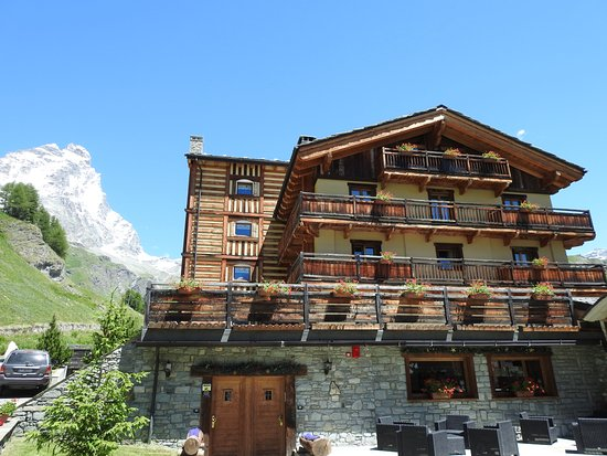 Hotel edelweiss updated 2017 reviews price comparison for Hotel meuble mon reve cervinia