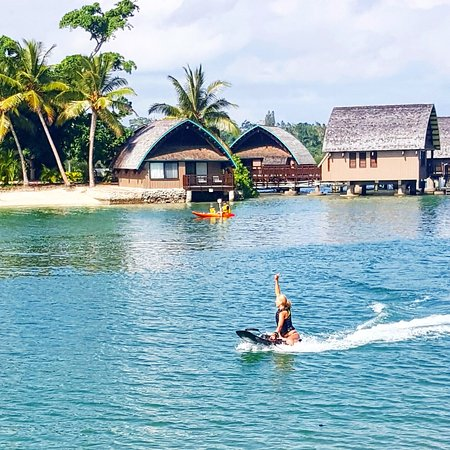 Holiday Inn Resort Vanuatu: Jetsurfing the lagoon