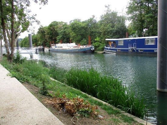 Le debarcadere issy les moulineaux l ile saint germain - Jardin botanique issy les moulineaux ...