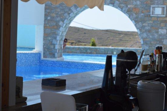 Vigla Hotel: pool area