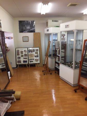Sabae, Japan: 店内(竹や木のメガネが500本程度あるみたいです)