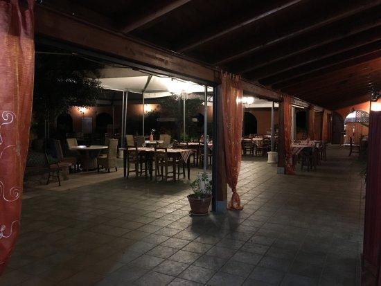 Santa Eufemia Lamezia, Italie : Giardino interno