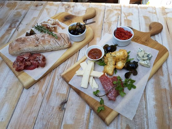 The Girl's On The Square: Tasty tapas platters
