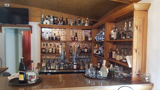 Chapeze House: The well stocked bourbon bar ... some rare and truly delicious bottles here!