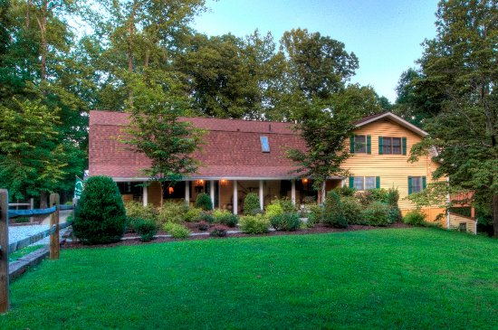 Mountain Top Lodge at Dahlonega: Main Lodge