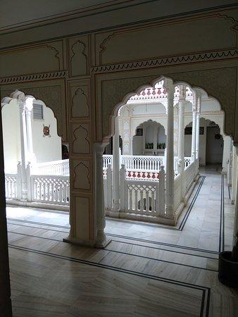 Krishna Palace: IMG_20170702_140232_large.jpg