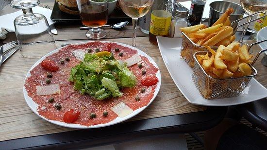 Bar a vin le 156 caromb restaurant reviews phone for Restaurant caromb