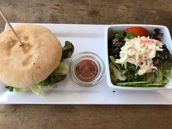 """Weinstadt, Tyskland: Mittagstisch """"Malfatti-Burger"""""""