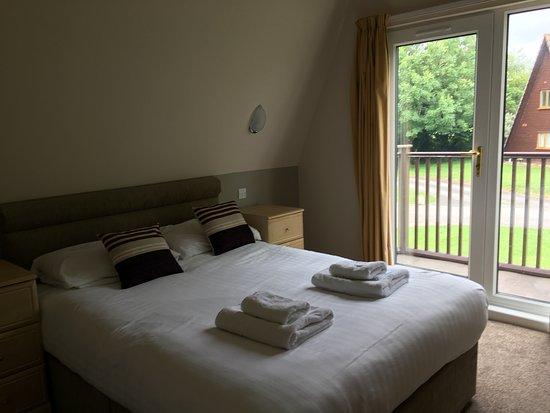 Waterside Cornwall: Master Bedroom