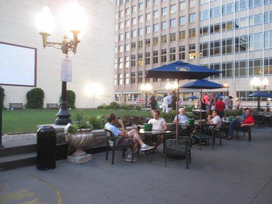 Roof Top Picture Of Brit 39 S Pub Eating Establishment Minneapolis