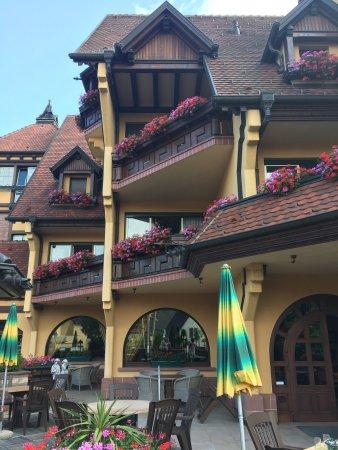 Mittelwihr, France: Een klassehotel met prijzen zoals er weinig in de streek te vinden zijn.