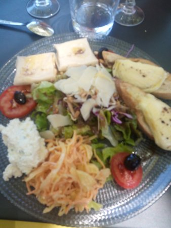 Jonquieres, France: salade 3 fromages