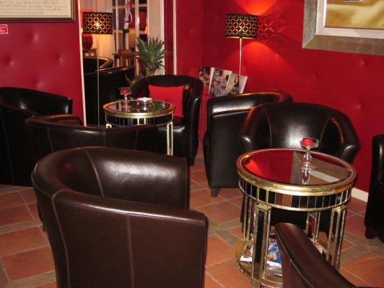 salon de d tente pour prendre l 39 ap ritif issoudunauberge. Black Bedroom Furniture Sets. Home Design Ideas