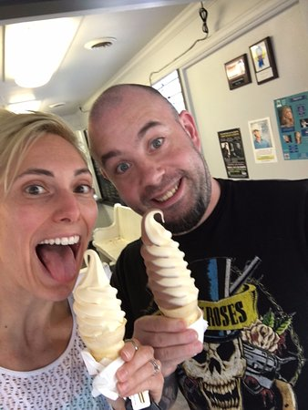 Chehalis, WA: junior vanilla cone, and small swirl