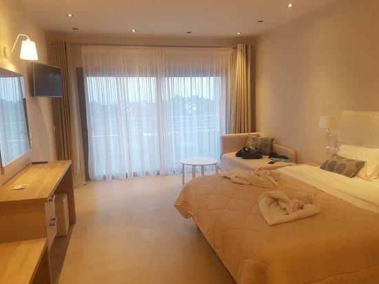 Skiathos Premier Hotel: 20170625_202710_large.jpg