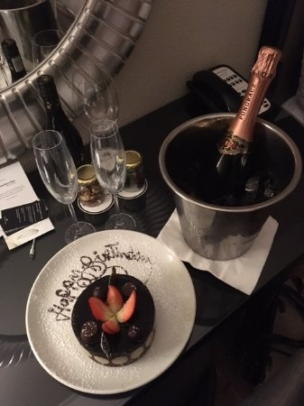 Southern Sun The Cullinan: The surprise birthday cake and bubbly
