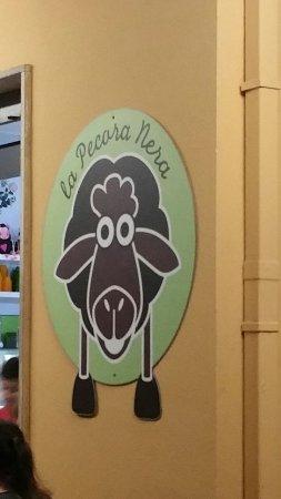 La Pecora Nera: Logo