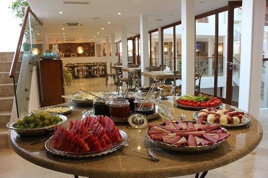 Sonef House Hotel