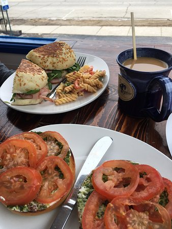 Blue Horse Cafe: Delicious breakfast sandwiches, plus the pasta salad was excellent!