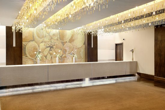 Blue Chip Casino Hotel Spa: Lobby