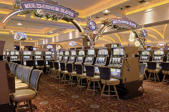 Blue Chip Casino Hotel Spa: Slots