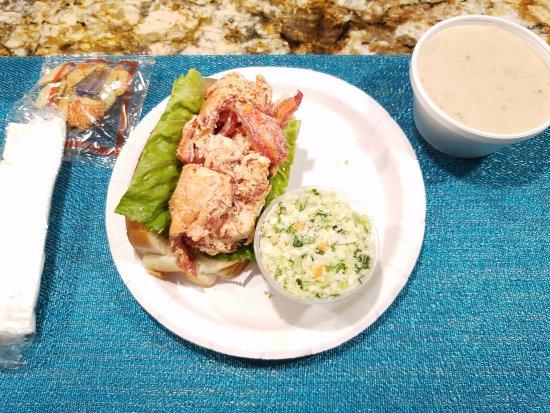 North Eastham, MA: Clam chowder, lobster roll...