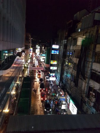 Patpong Night Market : photo2.jpg