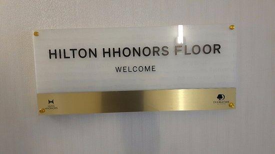 دبل تري باي هيلتون سيراكيوز: Hilton Honors Floor