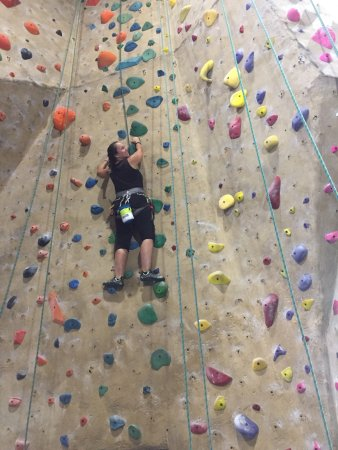 Sacramento Pipeworks Climbing and Fitness
