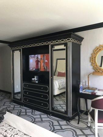 Las Vegas Paris Hotel Burgundy Room