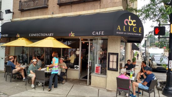 Ambler, PA: outdoor seating