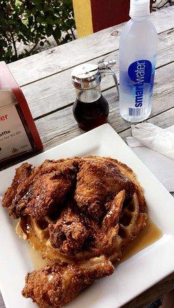 Bay Bay's Chicken & Waffles: photo0.jpg