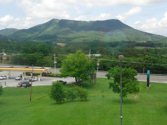 Fairfield Inn & Suites Roanoke Hollins I-81: view from room