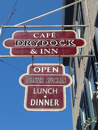 Cafe Dry Dock & Inn: photo0.jpg