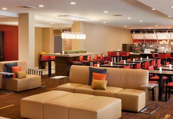 Milpitas, CA: Lobby Seating Area