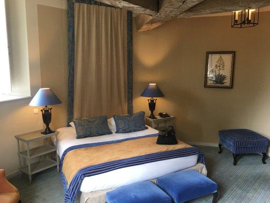 Augerville-la-Riviere, فرنسا: La chambre dans le Donjon.