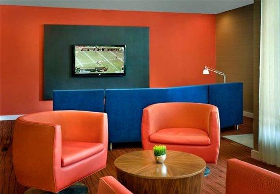 Coraopolis, Pensilvania: Lobby Seating