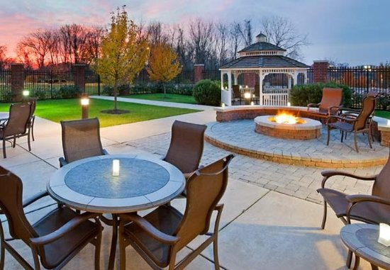 Collegeville, PA: Outdoor Patio