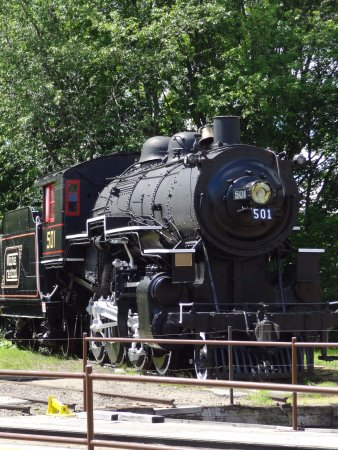 Conway Scenic Railroad: Steam Engine on site