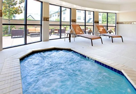 The Woodlands, TX: Indoor Hot Tub