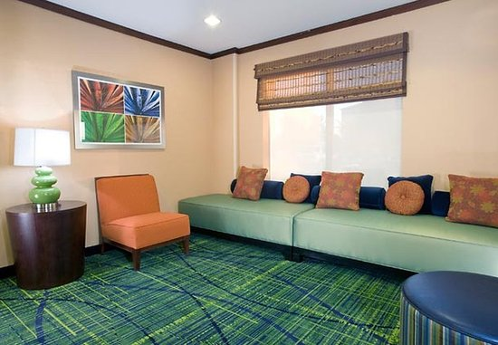 Fairfield Inn Amp Suites Dover Updated 2017 Prices Amp Hotel