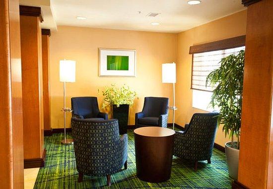 Ankeny, Αϊόβα: Lobby Sitting Area