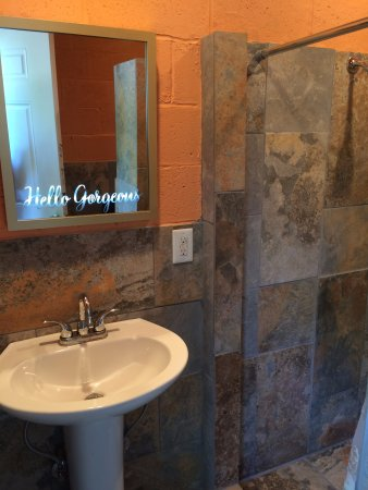 Ft smith airport bathroom hookups